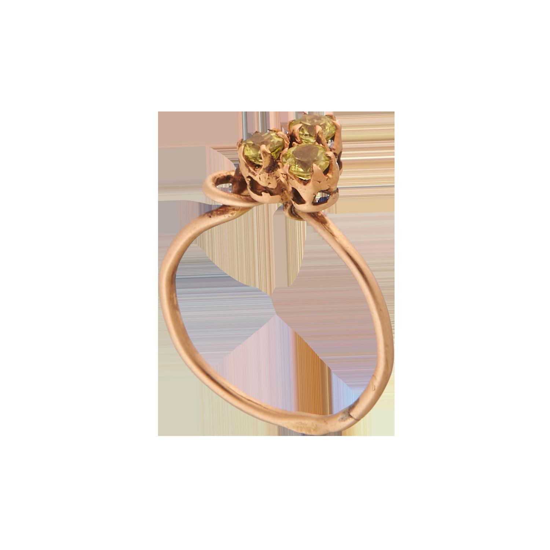 Антикварное кольцо с демантоидами